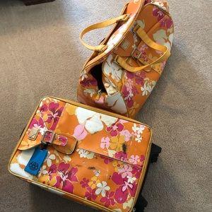 Roxy Roller luggage.